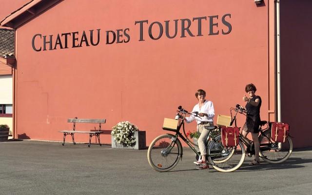 Meet the winemakers at Château des Tourtes